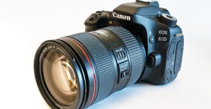 5 Best Telephoto Lenses for Canon 80D – A Complete Guide